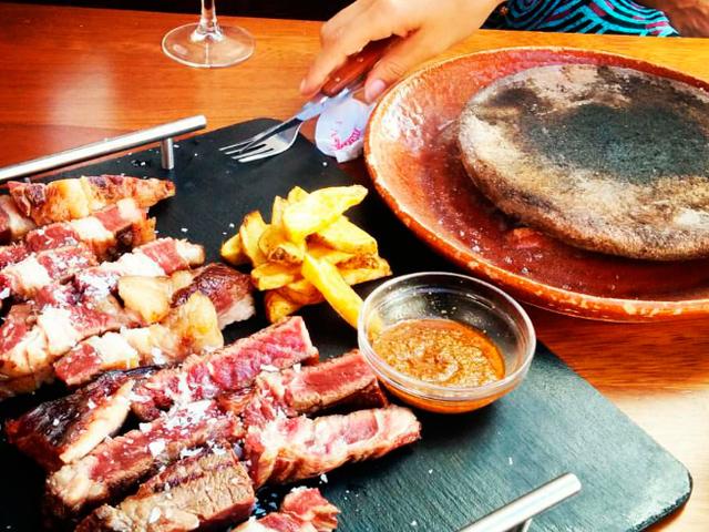 Restaurante Bodega La Pitarra Heliopolis